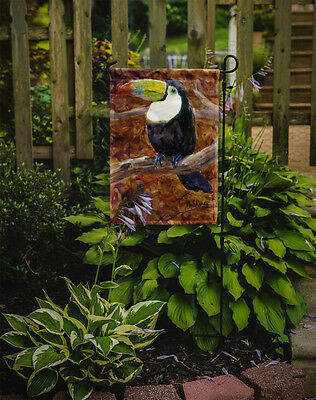 Carolines Treasures  MM6036GF Bird - Toucan Flag Garden Size