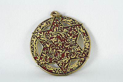 Vintage MMA 6 Pointed Star Pendant Red Enamel Animals Rabbit Fox Deer Gold Tone