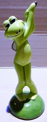 Frog Ornament (F26) - Playing Golf Frog (F1)