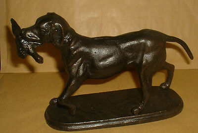 Very Heavy Cast Iron Dog With Pheasant Hunting Figure