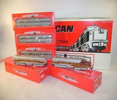 American Flyer Lionel 49606 Silver Flash AB set & 3 cars Nice/sealed!!