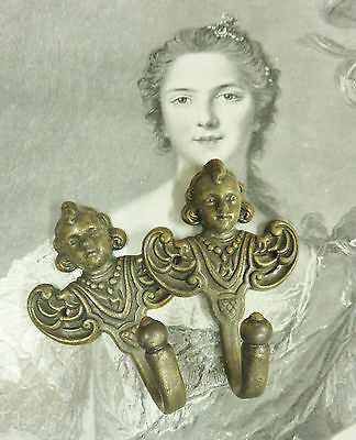 Gorgeous Pair Vintage French Cherub Hooks Hangers Pegs Crochets Angelots Bronze