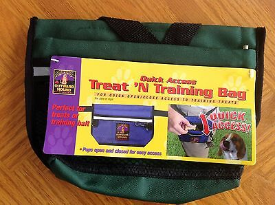 QUICK ACCESS TREAT N' TRAINING BAG by Outward Hound - HUNTER GREEN