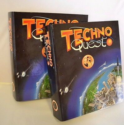 Techno Quest •  Magazines in 2 Binders with Floppy Disks • Wallace & Gromit