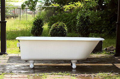 Large Refinished White Clawfoot Bathtub 5.5' Antique Cast Iron Porcelain Footed