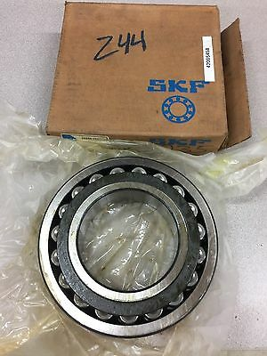 New In Box Skf 22220Cckc3W33 Spherical Bearing 22220 Cck/c3 W33