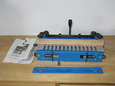 Woodstock Dovetail Jig D2796--With Operating Manual--*** Aluminum Template***
