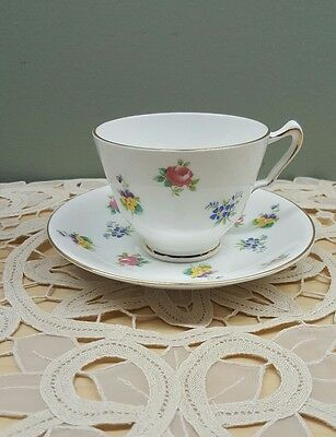 Collectible Crown Staffordshire Fine Bone China Tea Cup And Saucer Set,england