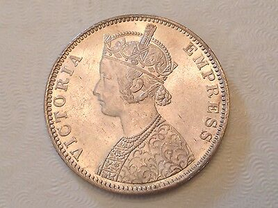 - 1901 B British India Victoria One Silver Rupee  Uncirculated Unc