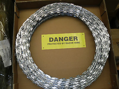 Razor Wire - 10mtr Rolls Concertina Type c/w Warning Signs (710mm High)
