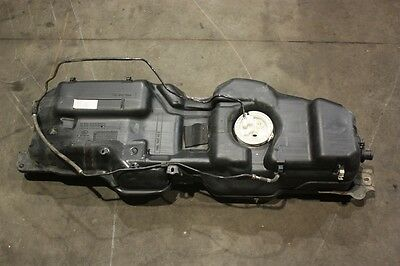 Land Rover Discovery 3 Complete Petrol Fuel Tank With Sender - V8 - 2004 / 2009