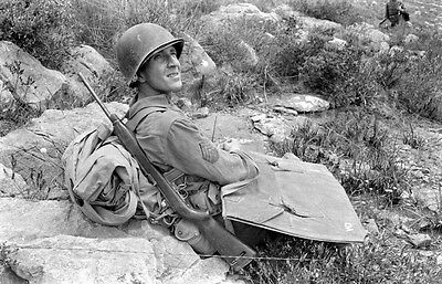 WW2 Photo WWII M1 Carbine 10th Mountain Division  Sergeant  Italy 1944  / 1403