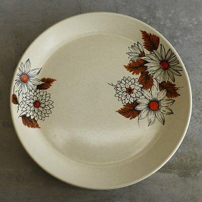 2 Vintage Johnson of Australia Russet Dinner Plates Retro Flowers 1970s 25cm