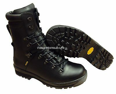 Army Extreme Cold Weather Goretex Boots - Excellent Quality - New