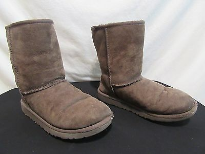 Ugg Classic Short Dark Brown Suede Sheepskin Leather Fur Boots Women S Size 4