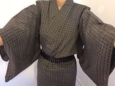 Authentic handmade Japanese grey polyester kimono for women, good cond. (G348)