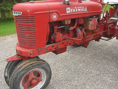 1940 International Harvester McCormick Farmall H Wheeled  Tractor