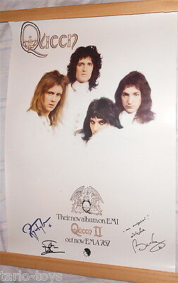 RARE Official Emi QUEEN 2 Promo Poster 1974 SIGNED by BRIAN, ROGER & JOHN