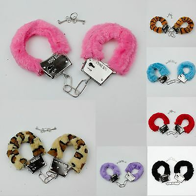 Hen Night Party Fluffy Furry Lockable Hand Cuffs [BUY 2 GET 1 FREE]