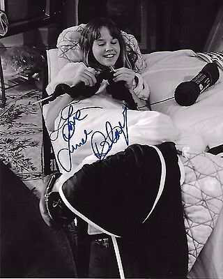 Linda Blair Signed 8x10 Photo - REAGAN from The Exorcist - RARE IMAGE! H314