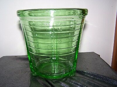 Vintage Vidrio Green Depression Glass Measuring Glass Container