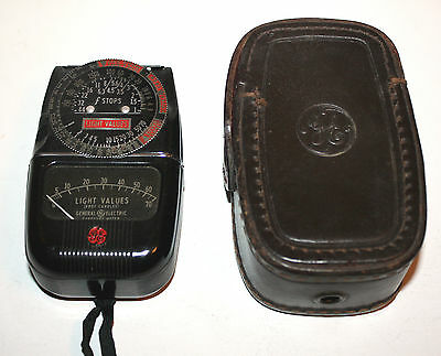 Vintage General Electric Type DW-48 Exposure Meter with Leather Case
