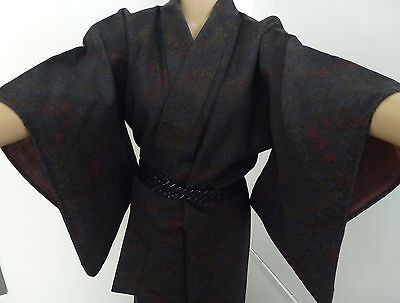 Authentic handmade wool Japanese winter kimono for women, good condition (H359)