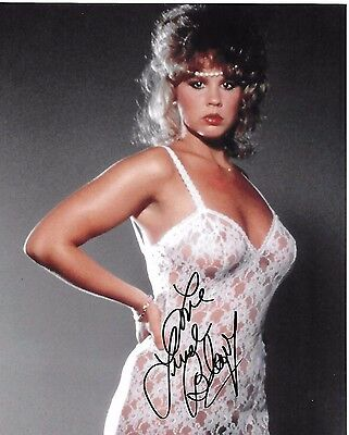 Linda Blair Signed 8x10 Photo - STAR of The Exorcist, HELL NIGHT - SEXY!!! H342