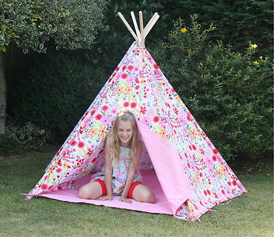 WIGWAM  TEEPEE GIRLS FLORAL PLAY TENT PLAY HOUSE Indoors or Outdoors GREAT DEN
