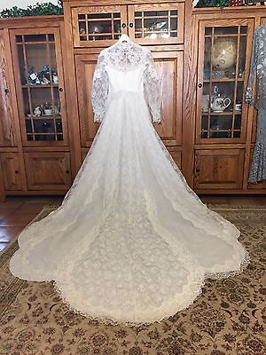Vintage Lace Tulle Sequin Pearl White Wedding Dress