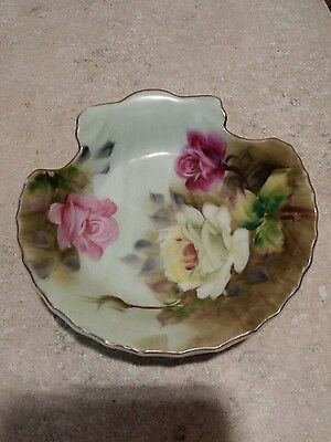 Vintage Lefton hand painted 20334 shell bowl pink green roses.     7a