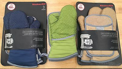 New Kitchen Aid Silicone 2 Oven Mitts & 1 Pot Holder. Kitchenaid Glove. Cooking
