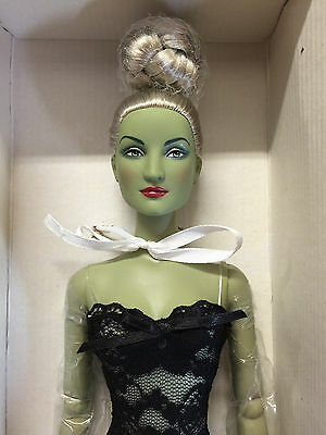 Tonner Oz 'Wickedly Basic Silver' Wicked Witch silver hair green skin NRFB