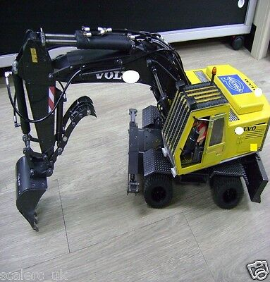 1/16 Hydraulic Wheel Excavator 8*8 (Viscount)