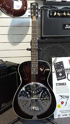 """Essex """"00"""" Body Resonator Guitar with F Holes - Includes Hardcase - Round Neck"""