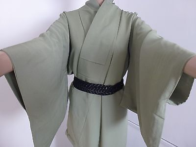 Authentic handmade Japanese green silk kimono for women, good condition (I387)