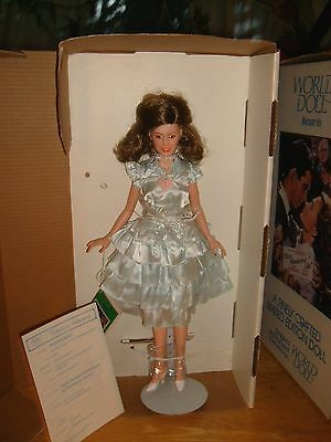 """Xxrare-Donna Reed As Mary Bailey Its A Wonderful Life 18"""" World Doll-Excellent"""
