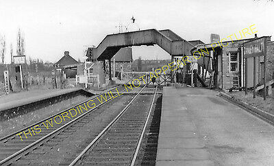 1 Brandon /& Wolston Railway Station Photo L/&NWR. Coventry Line Rugby