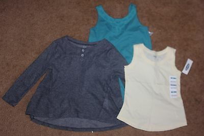 OLD NAVY BABY GIRLS SIZE 3T LOT OF 3 PIECES Top and Rampers Mix & Match