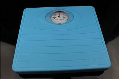 Rectangle Non Slip Mechanical Analogue Bathroom Weighing Scale 130Kg Blue
