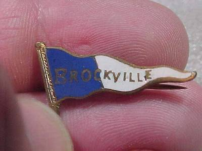 Vintage Brockville College High School University Banner Flag pin (14I1)