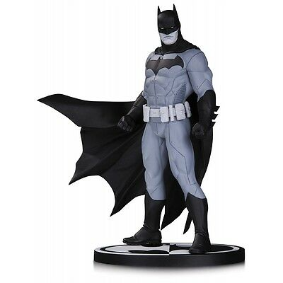 Batman Black and White By Jason Fabok Statue DC DIRECT