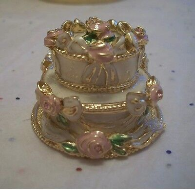 Estee Lauder Perfume Compact Rare Party Cake ~ Gorgeous