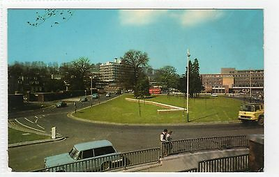 THE ROUNDABOUT, HIGH WYCOMBE: Buckinghamshire postcard (C8585)