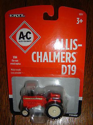 ALLIS CHALMERS D19 TRACTOR ERTL / TOMY 1/64 scale Diecast  UNOPENED FREE SHIP