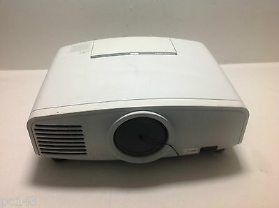 Mitsubishi Xd1000U Dlp Projector Used Unknown Lamp Hours Image Good (Ref: 776)