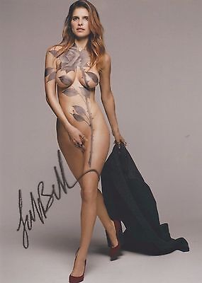 Lake Bell (Body Paint) Childrens Hospital The Secret Life of Pets SIGNED RP 8x10