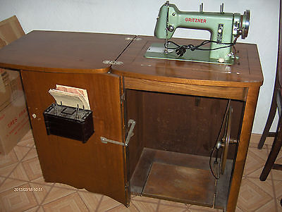 Ancienne machine coudre professionnelle brother eur for Machine a coudre 3d