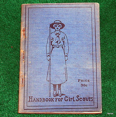 Vintage 1917 Handbook For Girl Scouts - How Girls Can Help Their Country - Rare