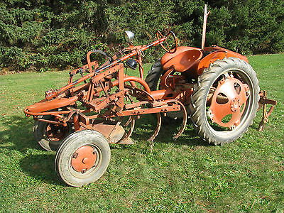 Allis-Chalmers Model G Cultivating Tractor - LOW Hours